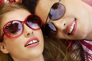 Модные женские очки - ретро
